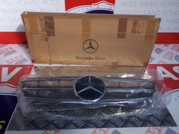 NEW GENUINE MERCEDES CLK GRILLE W209 ALL