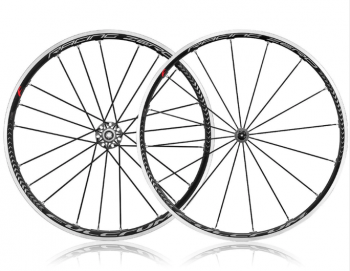 Latest Model C17 Fulcrum Zero Wheelset