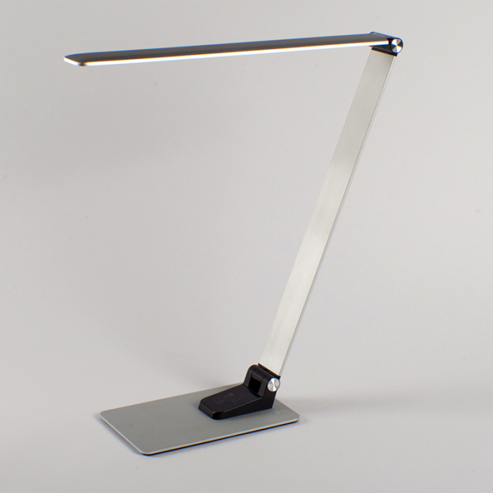 Nero LED Aluminium Desk Lamp with USB