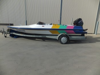 1996 SALEM 580E SKI BOAT, MERCURY 135 HP