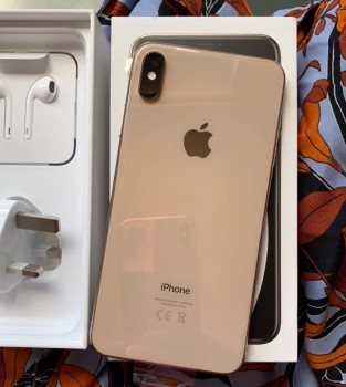 iPhone Xs Max....Whatsapp ++14173835325