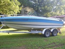 18' glass sport bow rider