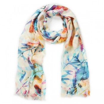 Discover Most Coveted Designer Scarves!