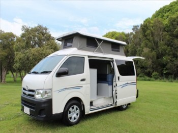 2013 Toyota Hiace Great