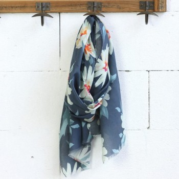 Looking for Women's Scarves in Australia