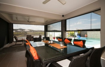 Aussie Outdoor Alfresco/Café Blinds Melb