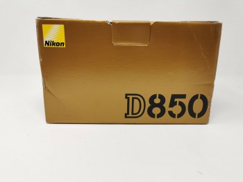 Nikon D850 dslr 45.7MP Camera body