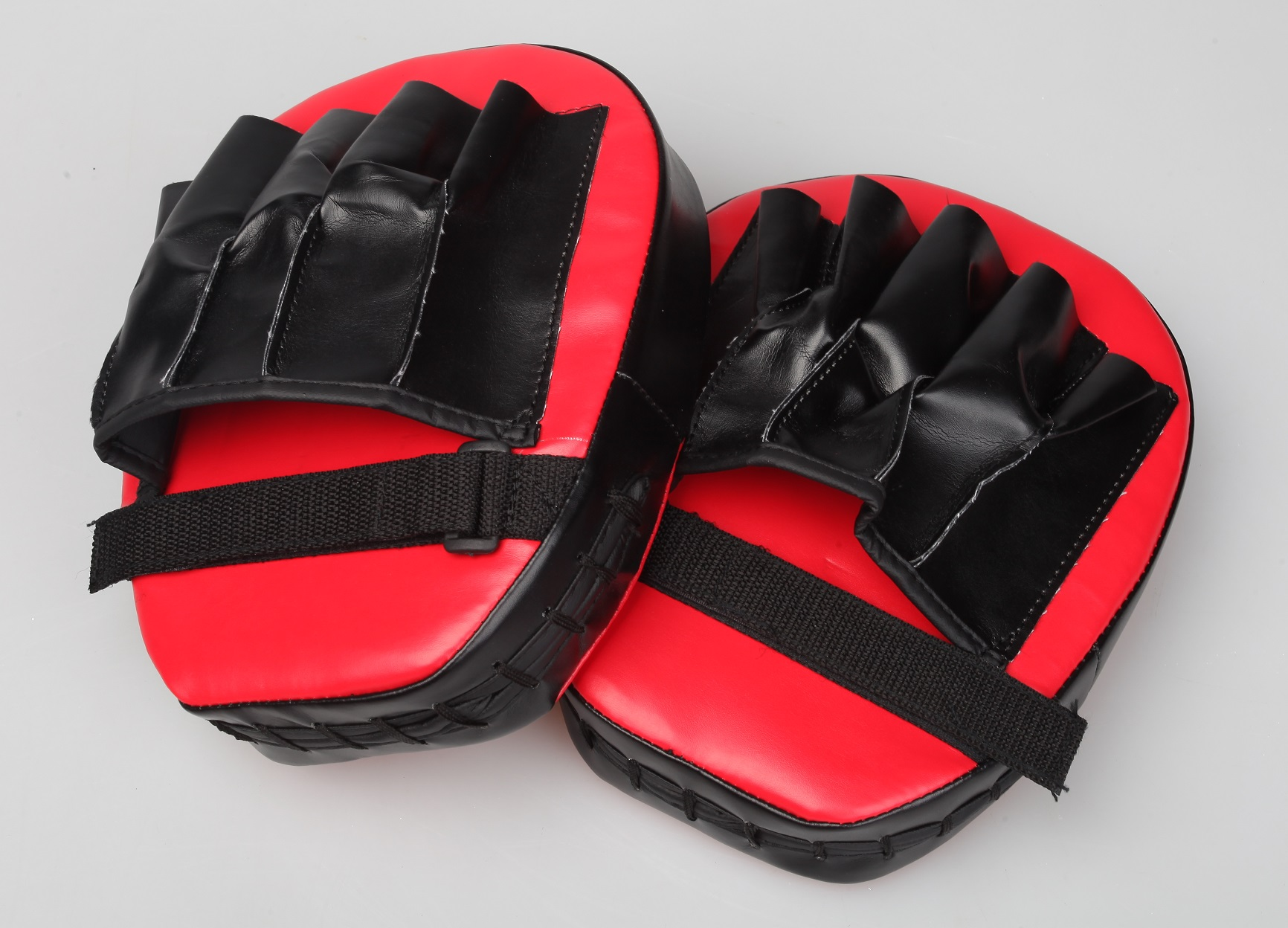2 x Thai Boxing Punch Focus Gloves Kit Pad Mitt Karate Muay Training Red & Black  Z2560