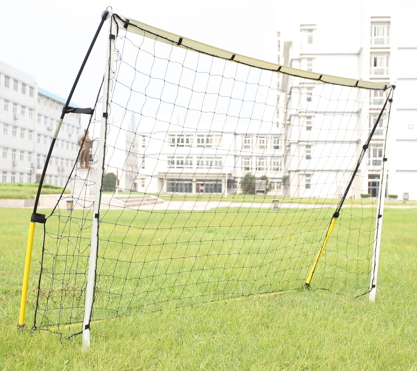 Portable Soccer Goal 8' x 5'  Z2568