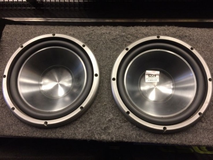 Kenwood Twin subwoofer in box - cp120505