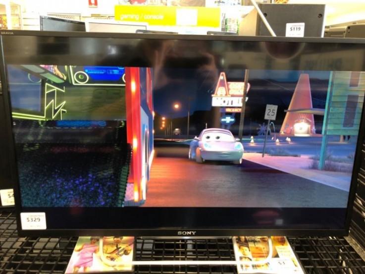 Sony Bravia KDL-32W700B HDTV DK123894