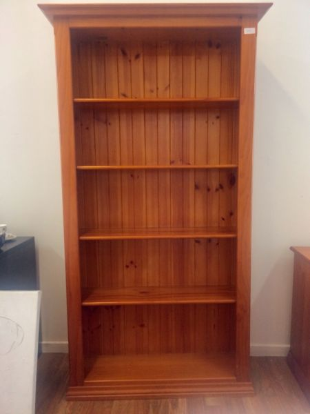 Wooden bookshelf, near new