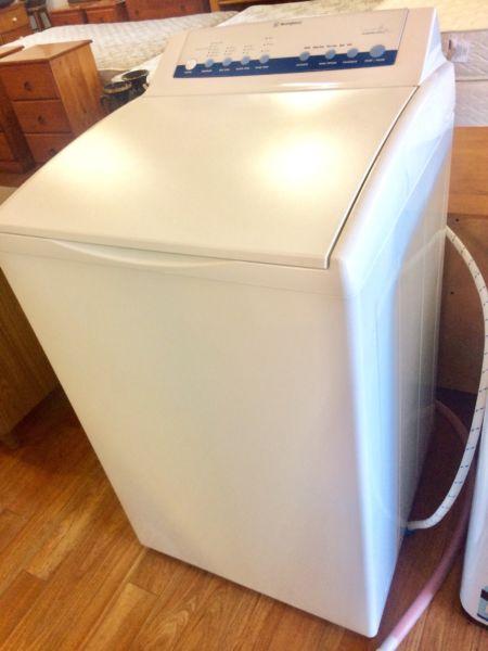 Westinghouse 6kg washing machine, 6 mont