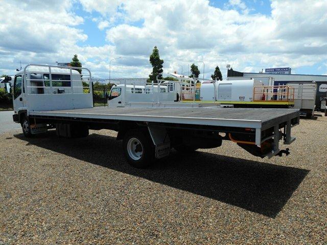 2004 Isuzu FRR Tray Truck