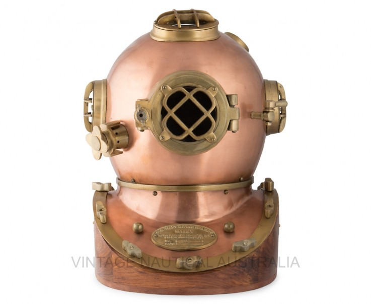 Divers Helmet (Scuba) Wooden Base