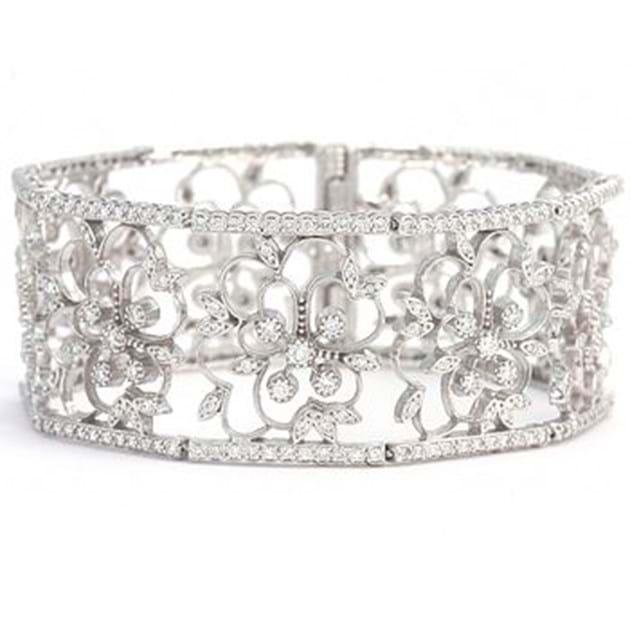 14K White Gold Stunning Diamond Bangle S