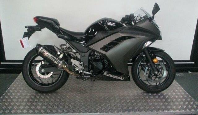2015 Kawasaki Ninja 300 300CC Sports