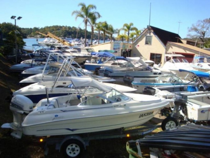 Sell your boat @ Como Marina