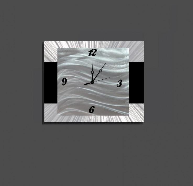 metal clock-modernized No 2