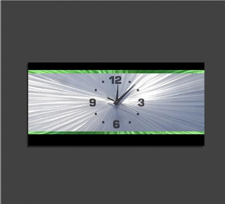 Metal Wall Clock – Retro Green