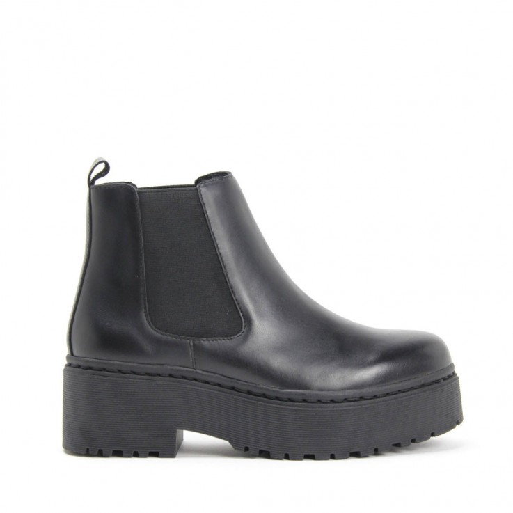 JEFFREY CAMPBELL UNIVERSAL BOOT Black