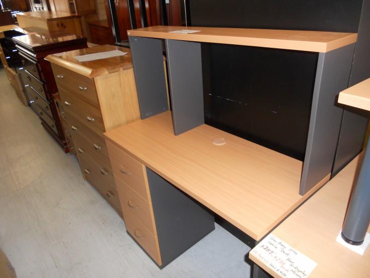 Office desks 1050 x 450 x 760