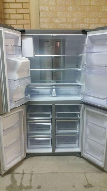 Samsung 719lt French Door Refrigerator W