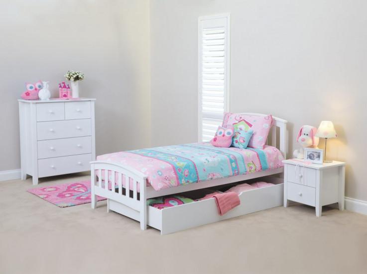 Nikki Bed