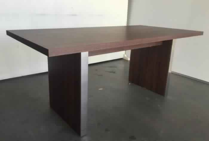 TRADITIONAL 1800X900 TABLE