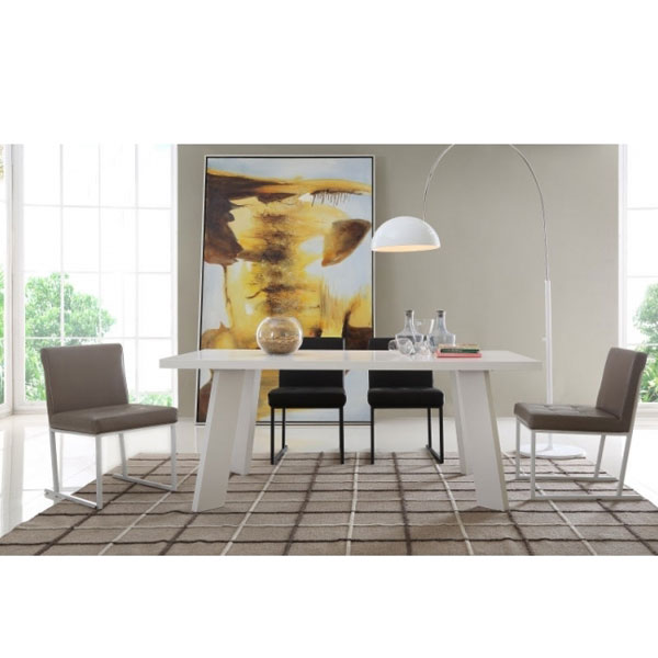 Matte White Dinning Table with Oak Legs