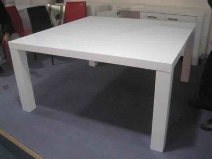 VERITY 1500X1500 TABLE-HG WHITE